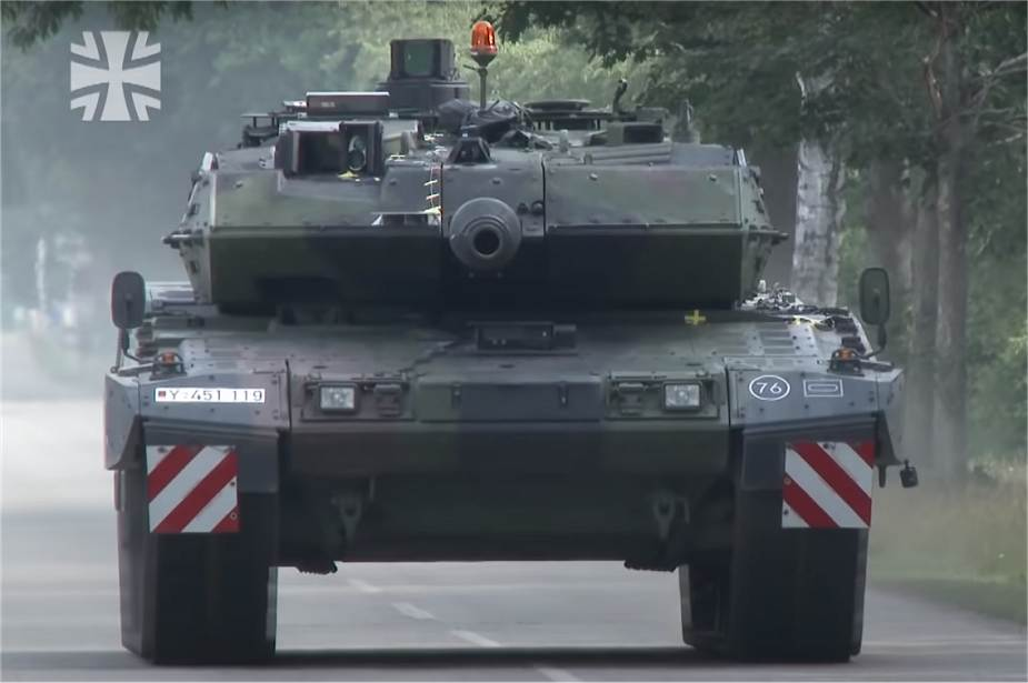 First_trial_tests_for_new_German_Army_Leopard_2A7V_Main_Battle_Tank_925_001.jpg