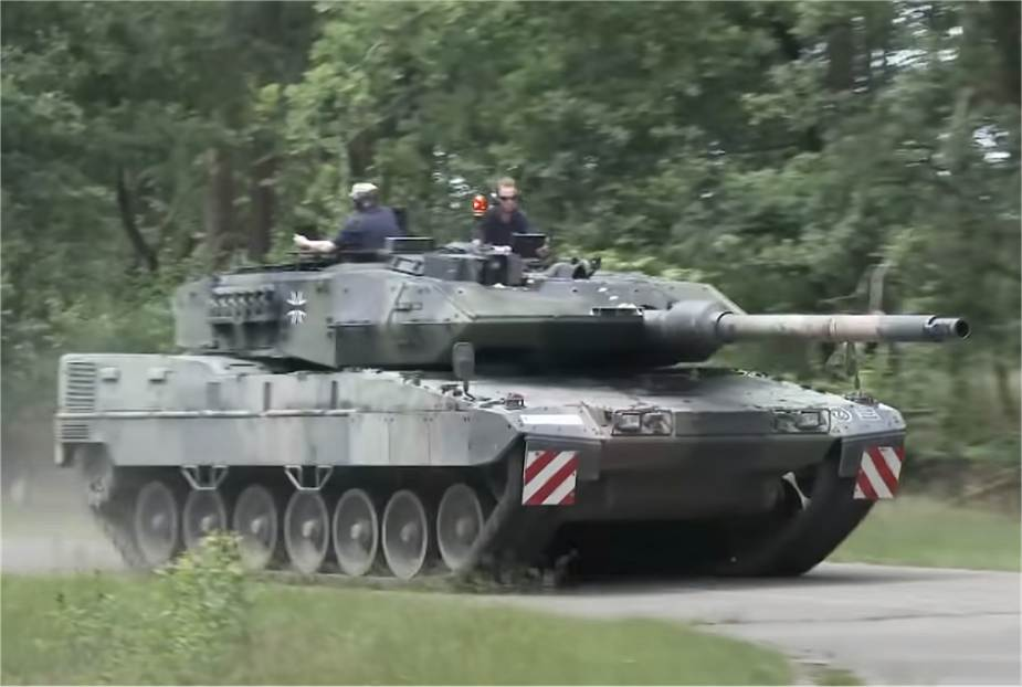 First_trial_tests_for_new_German_Army_Leopard_2A7V_Main_Battle_Tank_925_002.jpg