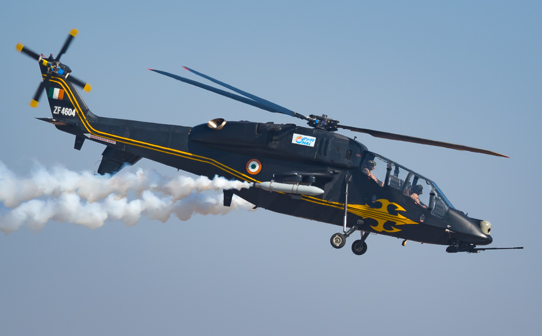 IAF,_HAL_Light_Combat_Helicopter,_ZF_4604.jpg
