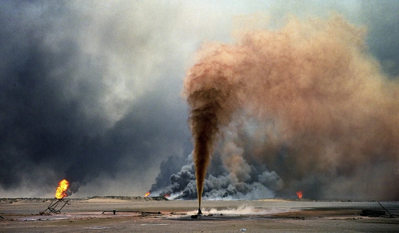 Iraqi forces blew up oil wells as they evacuated from Kuwait near the end of the Gulf War 1320...jpg
