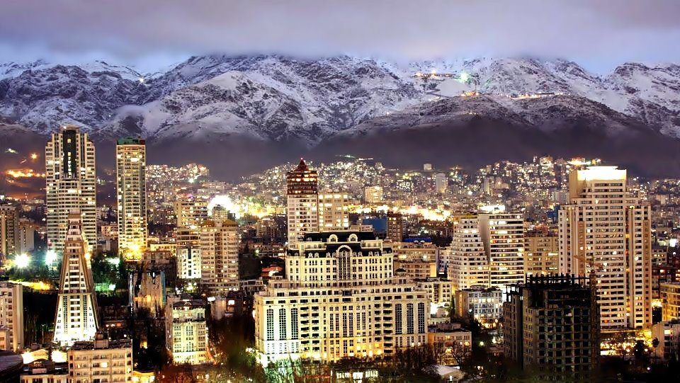JAcDDei-Rarely-Seen-photos-of-my-Great-city-TehranIran-and-its-beautiful-people-s960x541-43245...jpg
