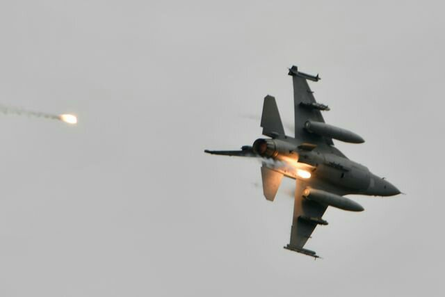 made-f-16v-releases-flares-during-the-annual-han-kuang-news-photo-1611268000.jpeg
