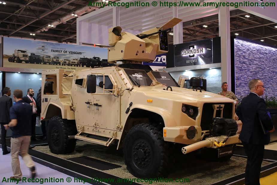Oshkosh_Defense_showcases_JLTV_fitted_with_remote_weapon_station_DSEI_2019_925_001.jpg