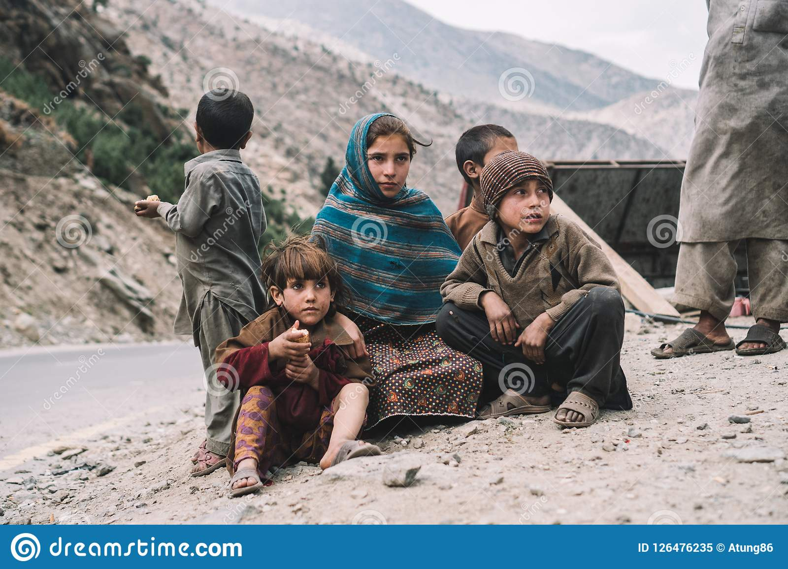 pakistani-poor-children-poor-children-pakistan-captured-way-naran-to-hunza-126476235.jpg