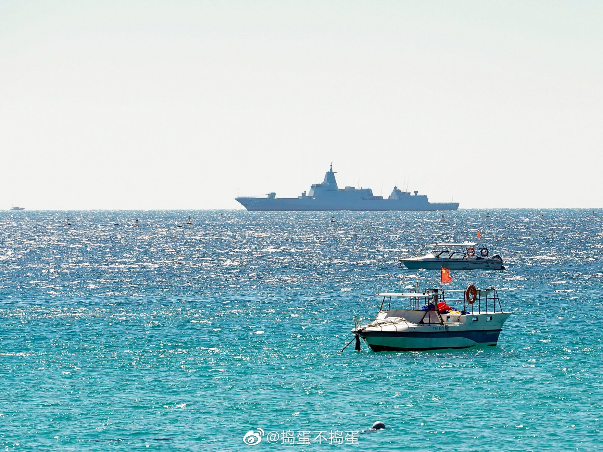 PLN Type 055 DDG - 105 first from Dalian - 20201227 - 1.jpg