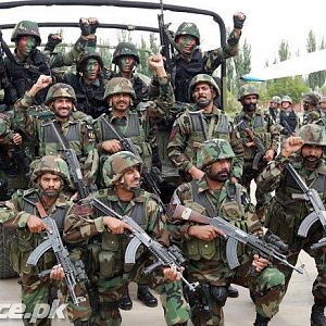 Pakistan SSGs with Chinese Special Forces