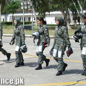 First Ever Batch of Lady Pilots